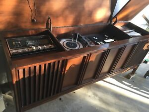 Vintage solid wood cabinet stereo