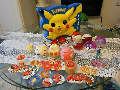 bundle POKEMON,case,JAMMERS,TAZOs,Pokeballs,ASH figure,TOGEPI lolly top,NINTENDO