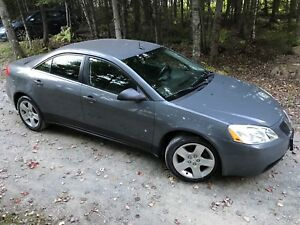 2009 Pontiac G6, $2,800.00 Automatic, A/C, cloth interior!!
