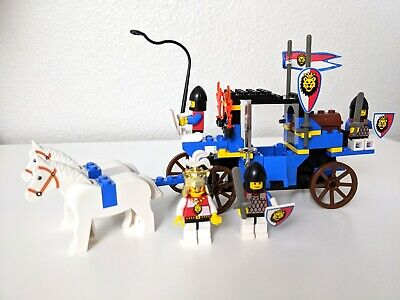 Vintage 1995 LEGO 6044 Royal Knights King's Carriage Complete Set PLEASE READ