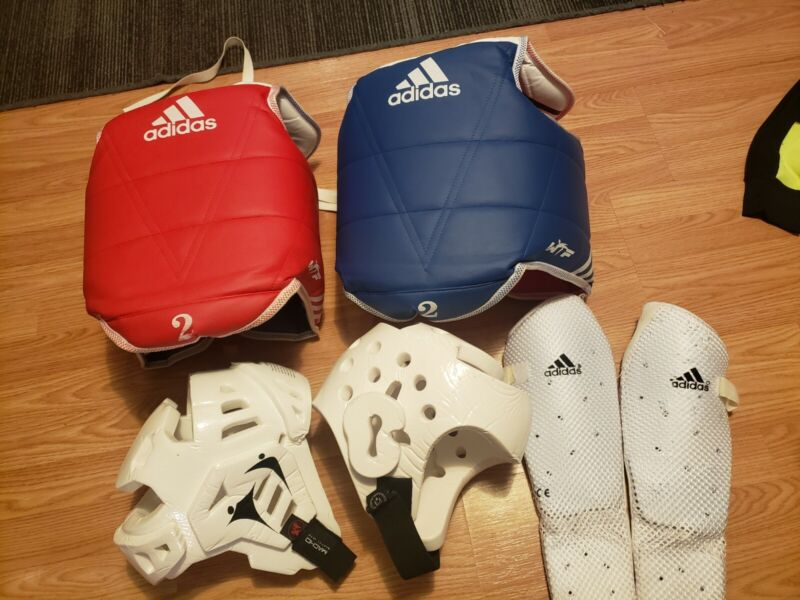 Adidas kids WTF Taekwondo TKD SPARRING GEAR Protective Vest Chest Pads S