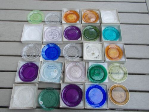 Pairpoint Cup Plates, Lot of 25