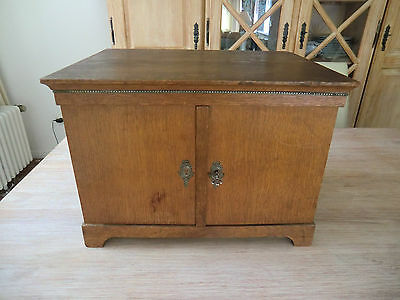 Antiker Besteckschrank mit 3 Schubladen, für ca. 120-tlg. Besteck