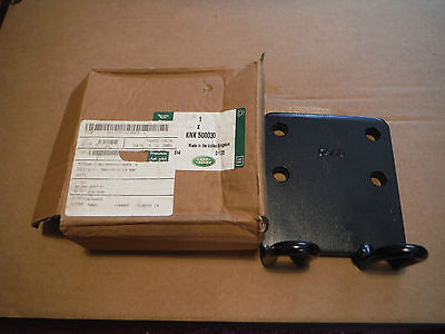 L/Rover Defender (Wolf) 90/110/130 NATO Towing Hitch Backing Plate KNK 500030