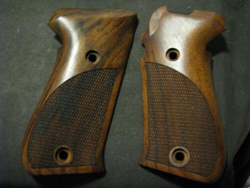 SIG SAUER P220 English Walnut Fancy Checkered Pistol Grips -BEAUTIFUL NEW!