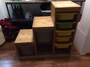 Bin storage unit pending pick up