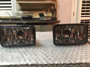 2015-17 Ford F-150 factory fog lamps.