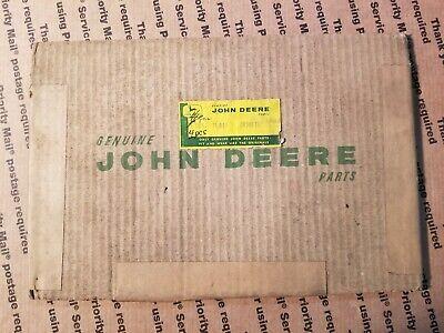 John Deere Original Equipment Gasket M811t