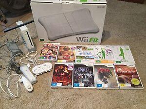 Wii Bundle, including Zelda Cleveland Redland Area Preview