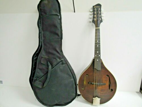 Eastman Model MD305 A-Style Mandolin w/Gig Bag