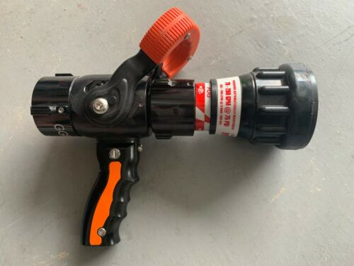 """task force tip TFT 1..5 """" Automatic Nozzle 70-200 @ 75 PSI"""