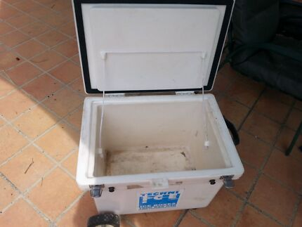 80lt Ice chest Mount Nathan Gold Coast West Preview