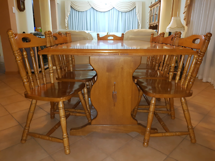 Dining table set - table + 8 chairs