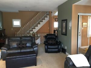 3 bedrooms in a town house