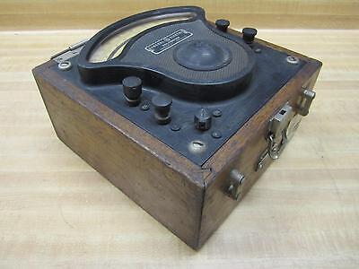 General Electric 3675339 Vintage Industrial Volt Meter Wo Lid Antique