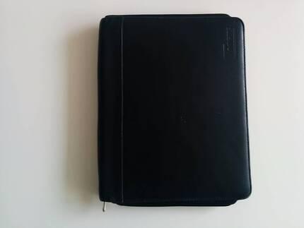 Targus Black Leather Zippered Folio Case