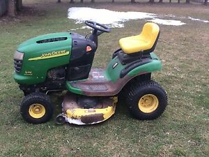 Johndeere Lawnmower for sale text me if interested2267515289