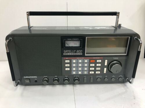 Grundig Satellit 800 Millennium Shortwave AM FM Radio Receiver
