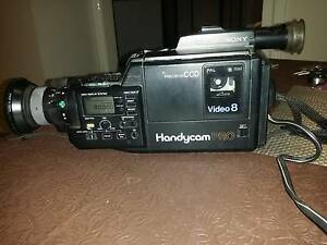 Sony Handycam PRO - Video 8 CCD-V90E Bulleen Manningham Area Preview