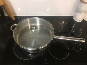 Crofton Large frypan - used Mount Cotton Redland Area Preview