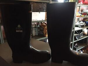 Rubber boots by Baffin