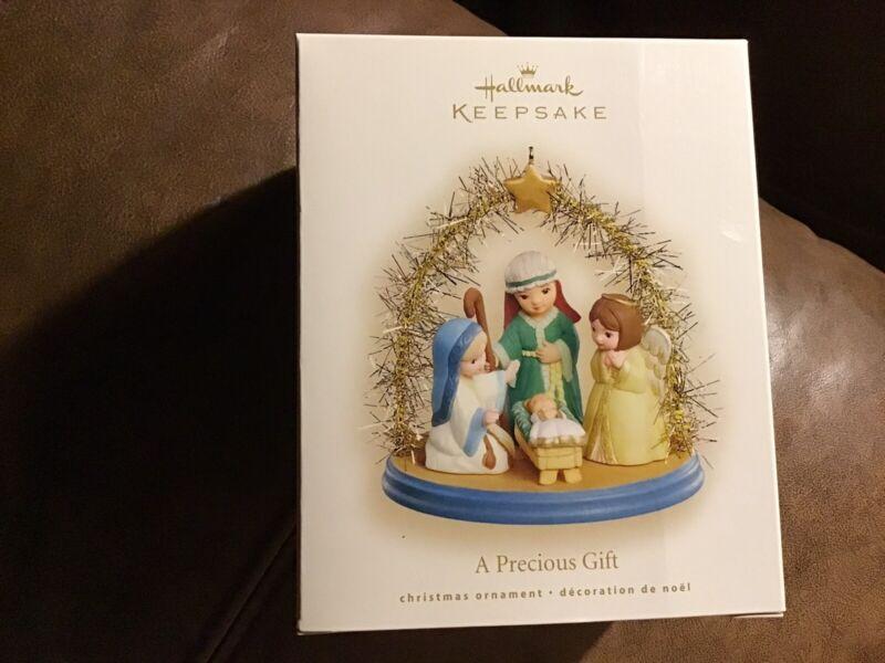 Hallmark 2008 A PRECIOUS GIFT Nativity Mint Keepsake Ornament
