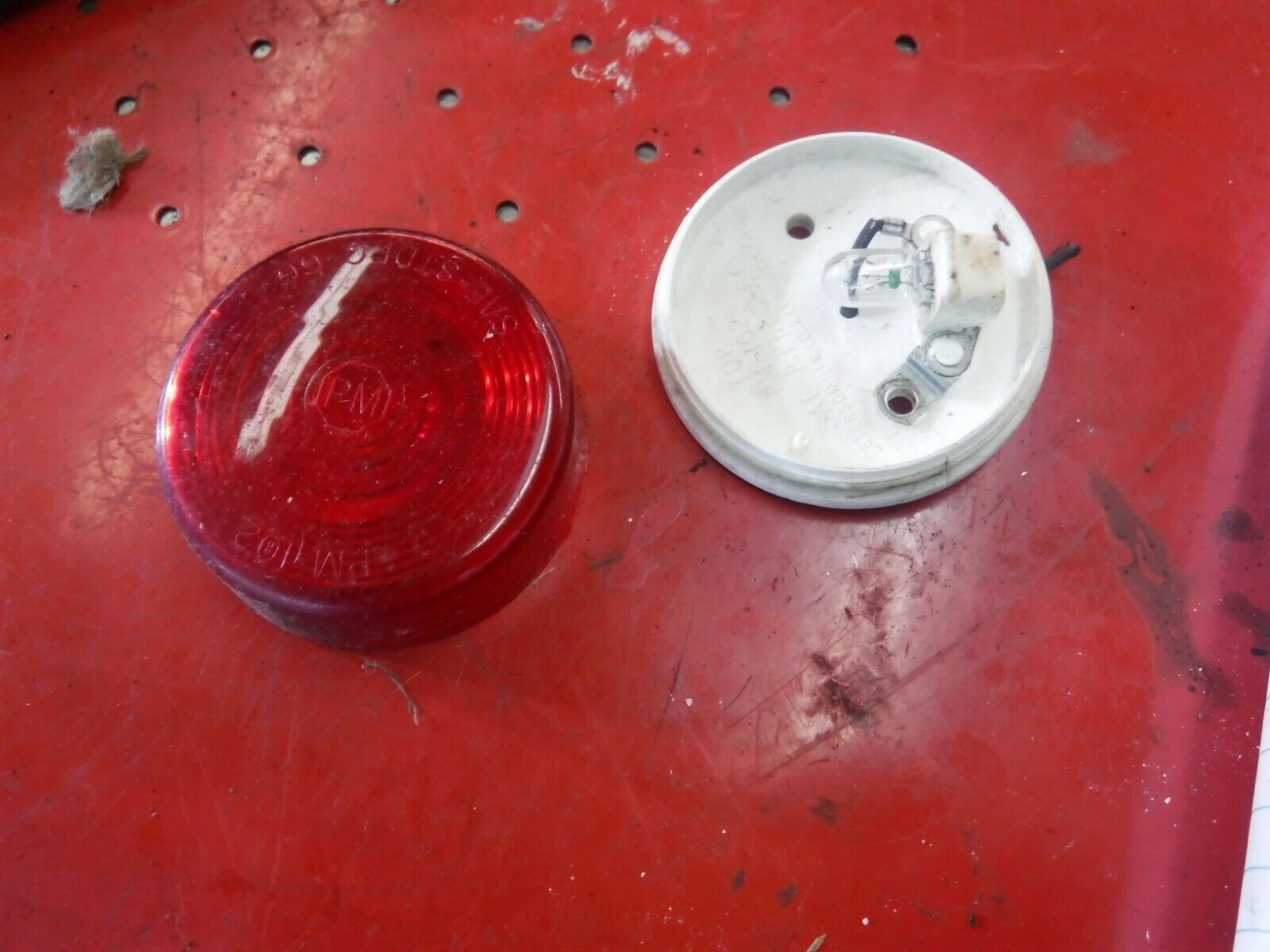 1970 Arctic Cat 340 PANTHER snowmobile parts: ONE TAILLIGHT ASSEMBLY