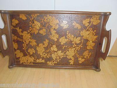 25725 altes Tablett Brandmalerei Jugendstil Nuß vint tray flowers pokerwork