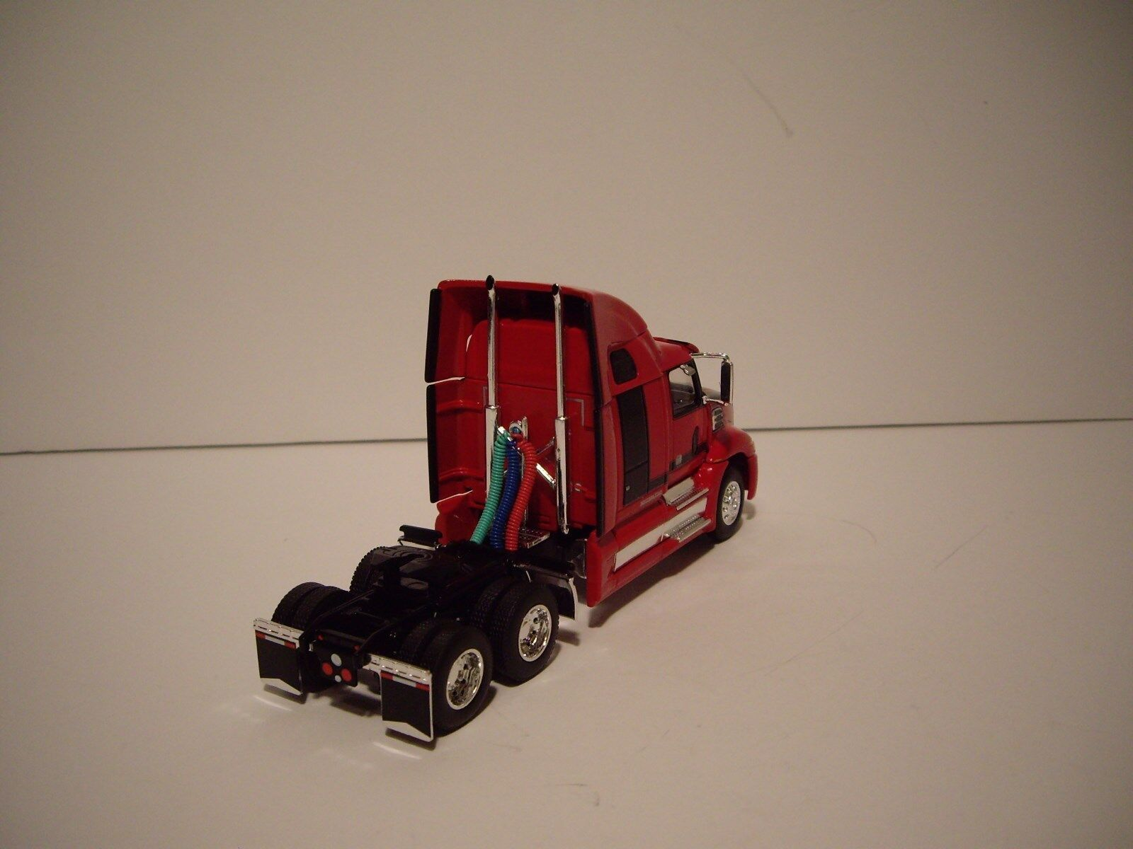 DCP 1/64 RED AND BLACK WESTERN STAR 5700XE W/T 68'' SLEEPER AND DRY VAN TRAILER 6