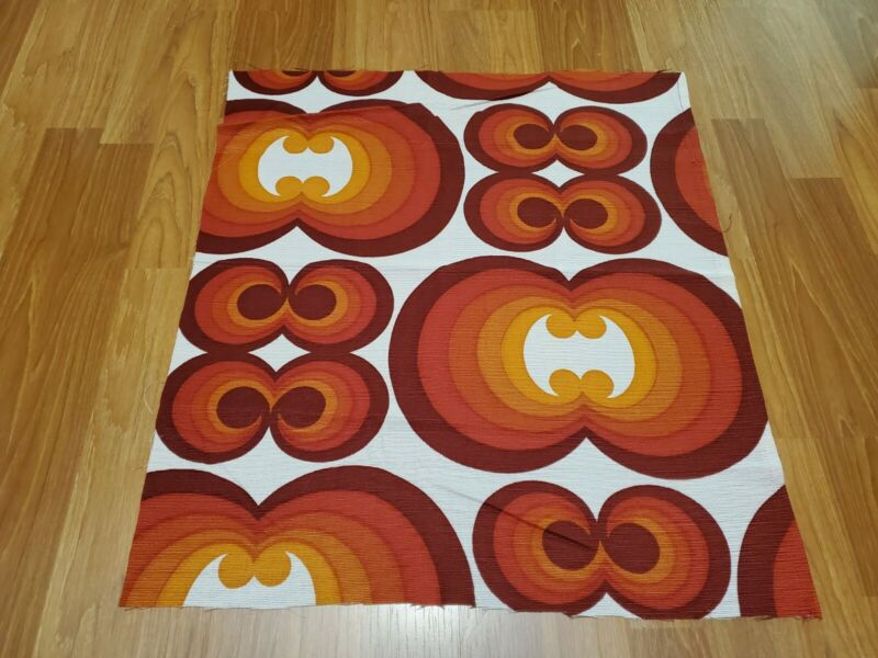 Awesome RARE Vintage Mid Century retro 70s red orange curl circles fabric! LOOK!