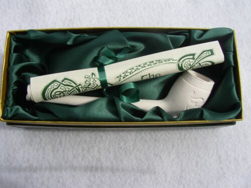 Harp Design Boxed traditional Irish Clay Pipe with Scroll