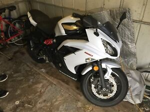 2013 Kawasaki ninja 650 ABS!   If ads up it's available