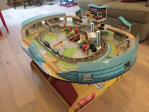 Play table - Cars 3
