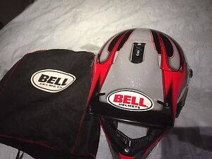 Bell Helmet   Size Large.  with bag.