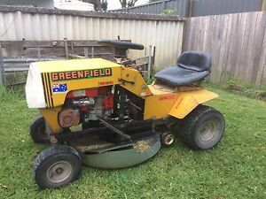 Greenfield ride on lawn mower Greenwell Point Shoalhaven Area Preview