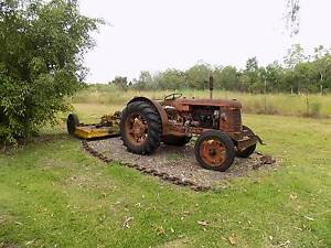 David Brown Cropmaster Tractor with 6' slasher Acacia Hills Litchfield Area Preview