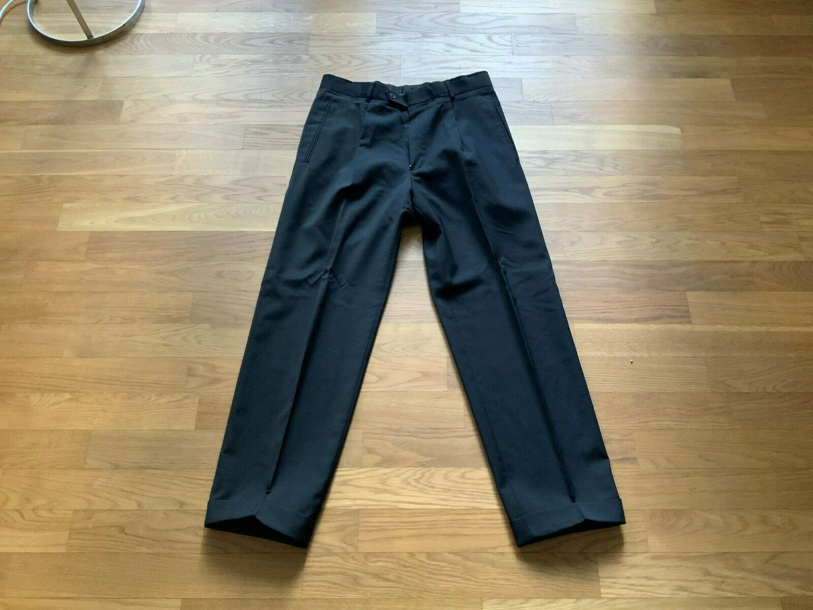 Schwarze Boss Anzughose - Größe 48 - sehr guter Zustand