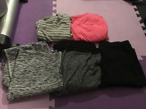 Lot maternity 5 pieces. Top quality gap and mama maternity