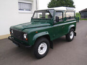 Land Rover Defender 90 Station Wagon S