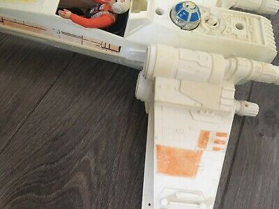 Vintage Star Wars X Wing plus Luke pilot figure.
