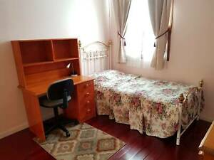 Female International Students/ working holiday, Room for Rent