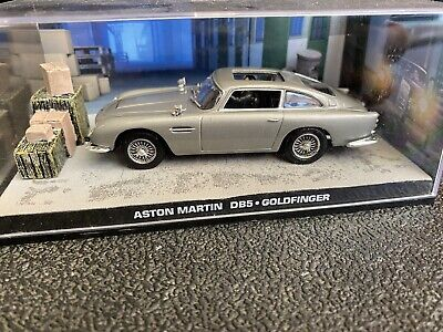 60 james bond model cars 1:43