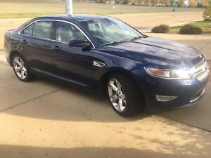 For sale 2012 Ford Taurus SHO