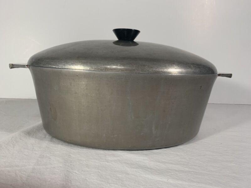 "Vintage ADLER Ware Streamline Cast Aluminum Dutch Oven Made Chicago USA 15x10"""