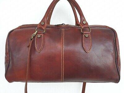 Sublime sac à main hand-made en cuir naturel avec bandoulière