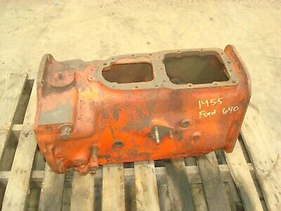 1955 Ford 640 Tractor 4 Speed Transmission Housing 600