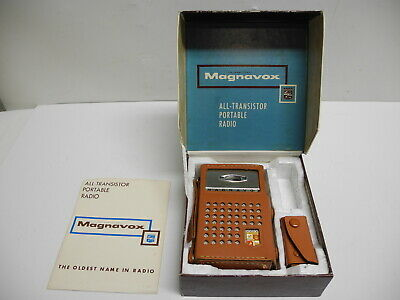 1960's Magnavox Companion 2-AM-80 Brown Transistor Radio with Box & Accessories