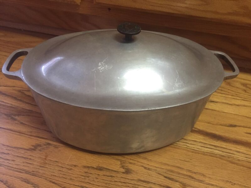 VTG Cast-Rite Aluminum Oval Roasting Pan & Lid Roaster Cookware
