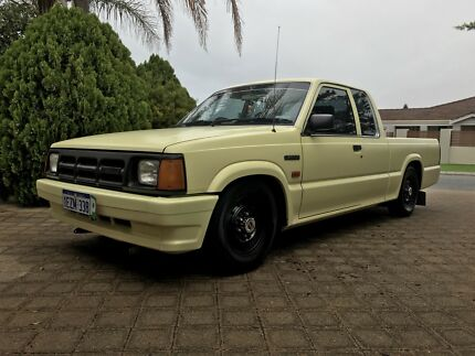 1992 Mazda bravo Mini truck