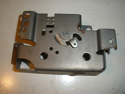 Briggs Stratton Gas Engine Governor Control Plate 390661 New Old Stock Vintage